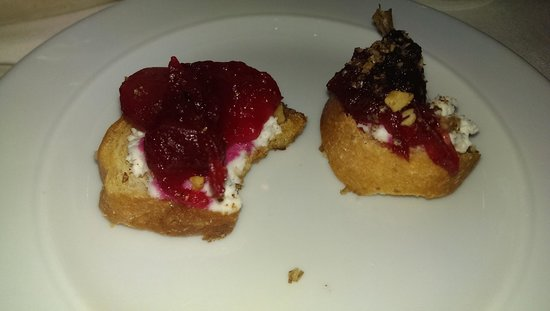 Queen's Landing: Complimentary amuse bouche from the Chef - scrumptious!