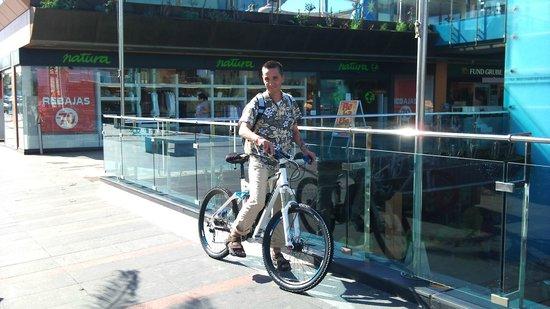 EEE Bikers: Durch die Innenenstadt von Corralejo