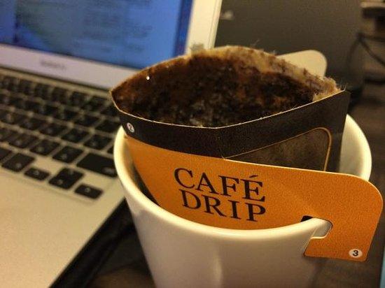 Daiwa Roynet Hotel Yokohama Koen : 無料のドリップコーヒー