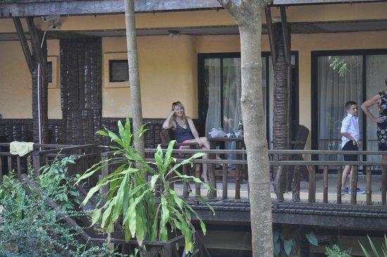 Phra Nang Inn : balcony