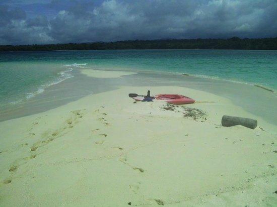 Aquana Beach Resort: A secluded Island just a Kayak away!