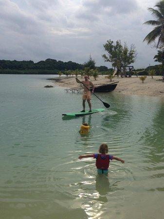 Aquana Beach Resort: Stand Up Paddle Boarding