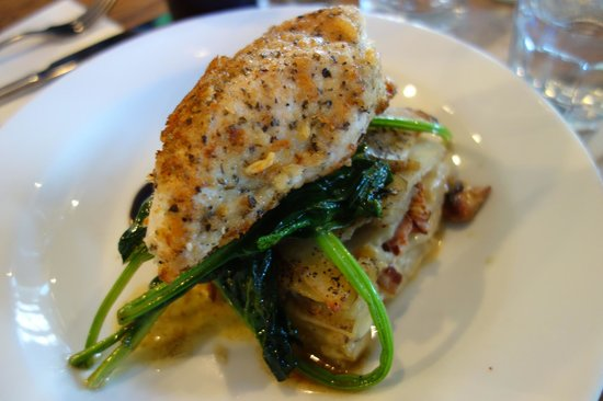 The last Kitchen : Crusted chicken, spinach and potato