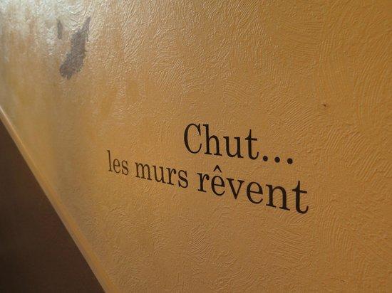 Hotel Le Bretagne : les murs rêvent!!