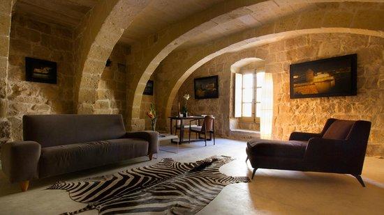 Thirtyseven Gozo: Lounge area