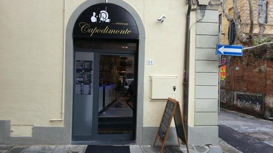 Capodimonte: via del Carmine 14, Pisa
