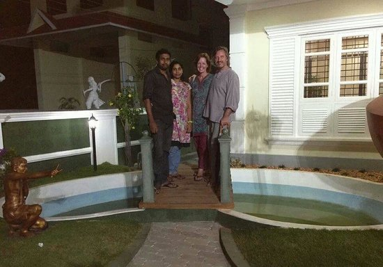 Marari Dreamz: our wonderful hosts Jency and Allwyn