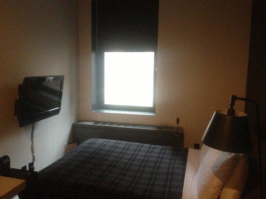 Ace Hotel New York: Наш мини номер