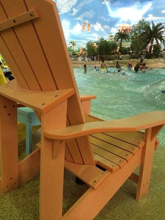 KeyLime Cove Indoor Waterpark Resort: Enjoy a lazy day on the lazy river & wave pool