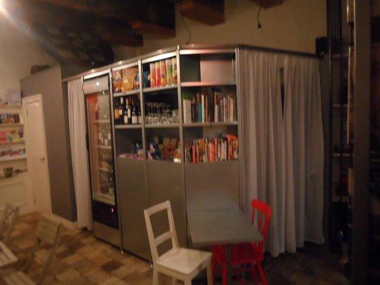 Mauro Mansion: l'Honestly bar