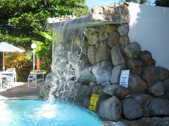 Sugar Bay Club: pool waterfall