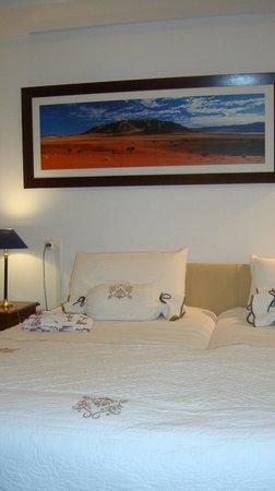 Hotel Le Plantagenet: la chambre