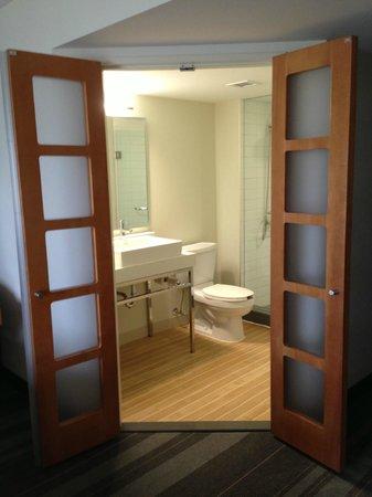 Novotel Toronto Vaughan Centre: bagno