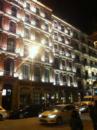 Hotel Pulitzer: hotel front