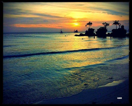 La Oviedo Villa Resort: Sunset 2