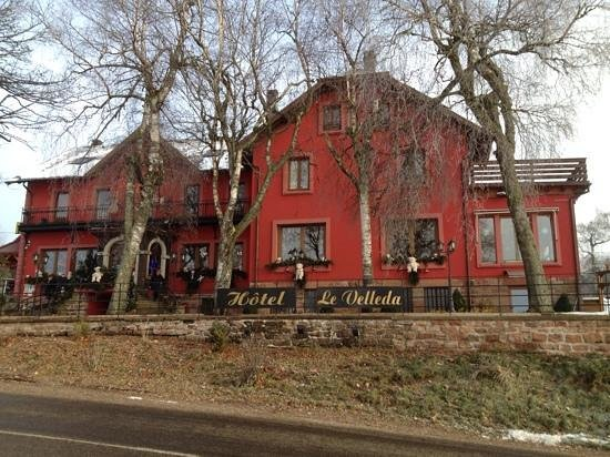 Le Velleda Hotel Restaurant : facade de l'hotel