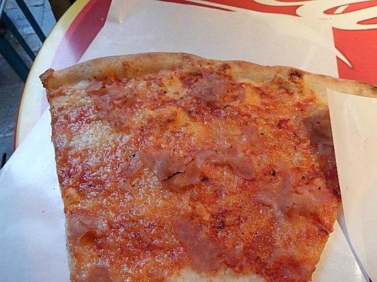 Punto Pizza: おいしいピザ