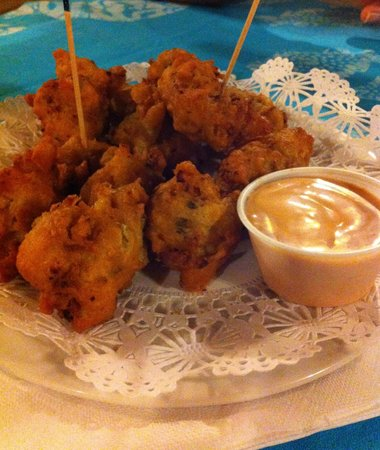 Queen Conch : Conch fritters