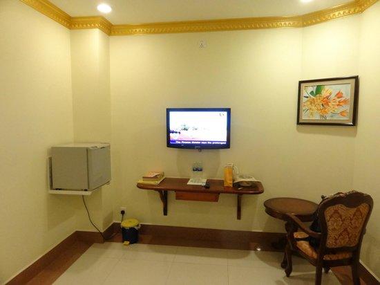 Golden House International : Chambre