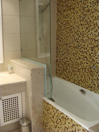 Hasdrubal Thalassa & Spa Djerba: Salle de bains