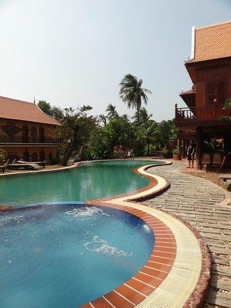 Palm House Boutique & Spa: Piscine de l'hôtel