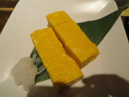 Akita Dining Namahage Ginza: 卵焼き