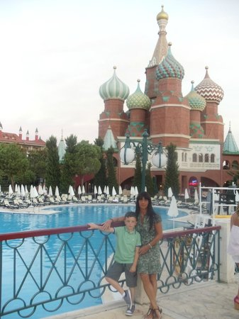 WOW Kremlin Palace: St.Basil's doubled as the Mexican and Italian diners