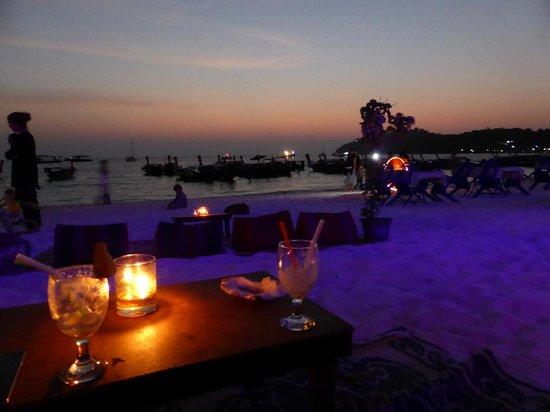 Blue Tribes Garden Beach Resort: Sip a cocktail at the bar at sunset