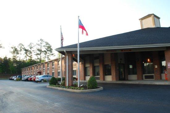 Baymont Inn & Suites LaGrange: zona ingresso