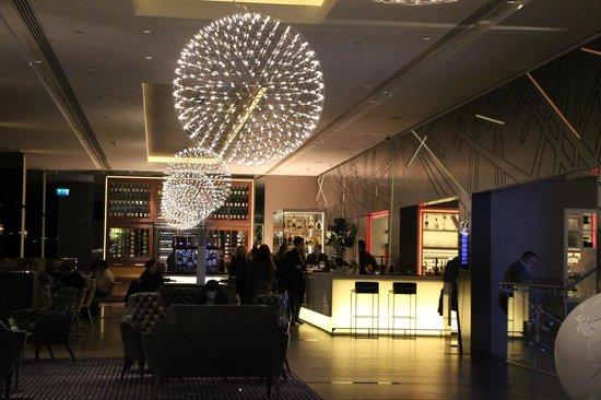 Pullman London St Pancras: self - bar