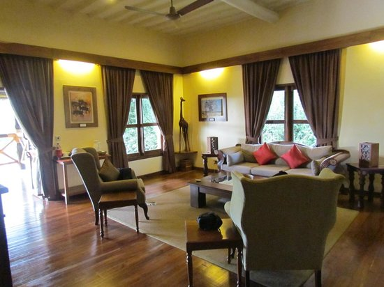 Neptune Ngorongoro Luxury Lodge : living room