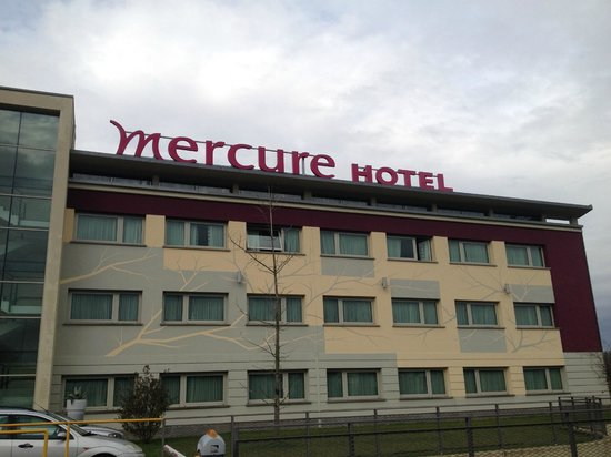 Hotel Mercure Bergamo Aeroporto: Esterno