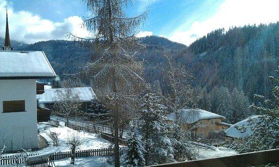 Villa Gottfried : Blick aus dem Balkon gegenüber der Tür