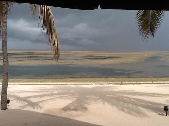 Pestana Bazaruto Lodge All Inclusive: Gathering storm clouds