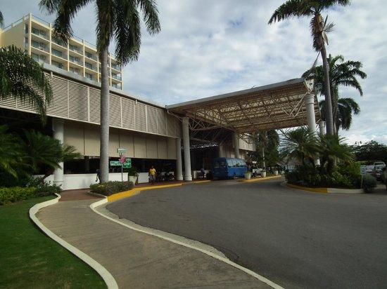 Sunscape Splash Montego Bay : Main entrance
