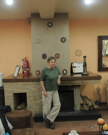 Los Tambos: Comfortable lobby with a choice of teas