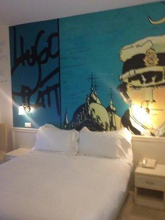 Hotel Sovrana: stanza Hugo Pratt