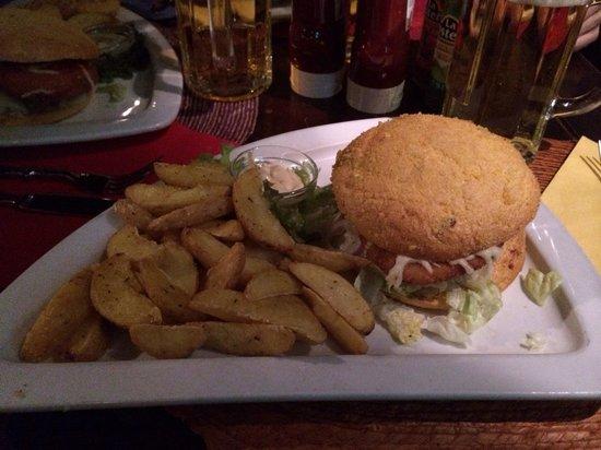 Desperado Mexican Restaurant & Bar: Chicken hamburger