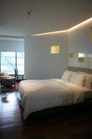 LiT BANGKOK Hotel : chambre