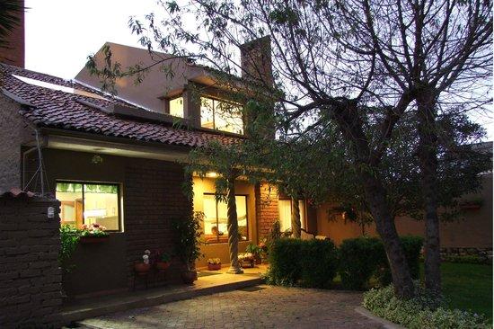 Hostal Casa Lloret : Casa Lloret , exteriores