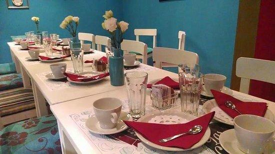 Las Cuartetas Cafe - Retro Bar