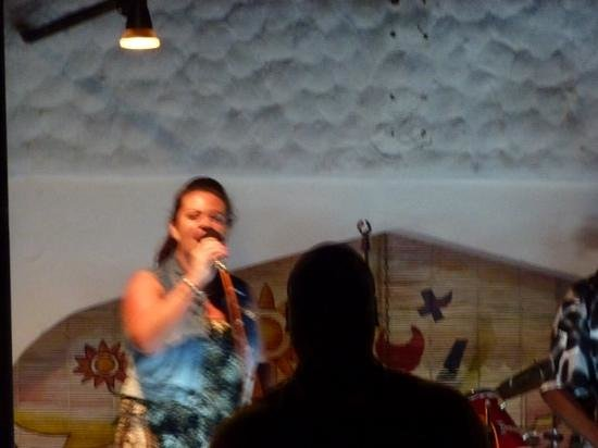Southern Palms Beach Resort: claire from Brown Sugar performing with the house band