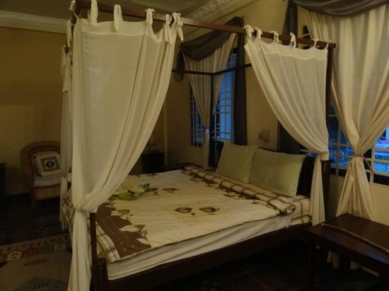 Malibu Estates Bungalows Resort : Chambre lit 2
