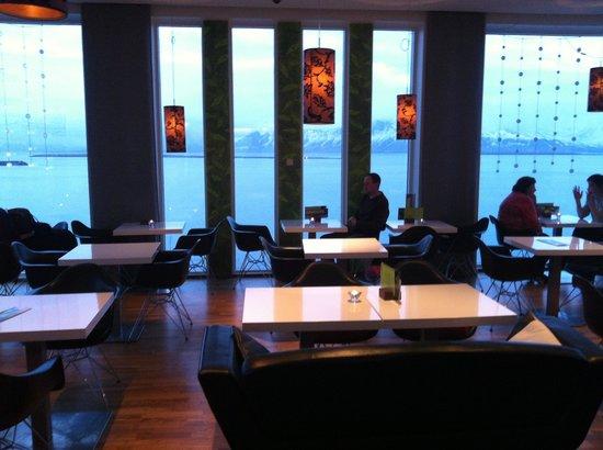 Centerhotel Arnarhvoll: Sky bar