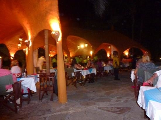 Southern Palms Beach Resort: the grill restaurant