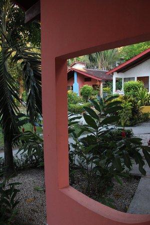 Hotel Las Brisas del Pacifico: JARDIN