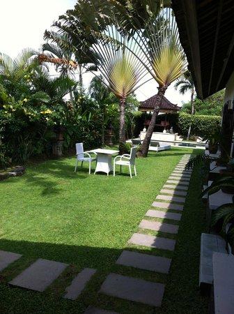 Puri Ayu Bali: Espace jardin