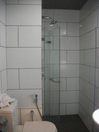 Tune Hotel Kuala Lumpur : kamar mandi
