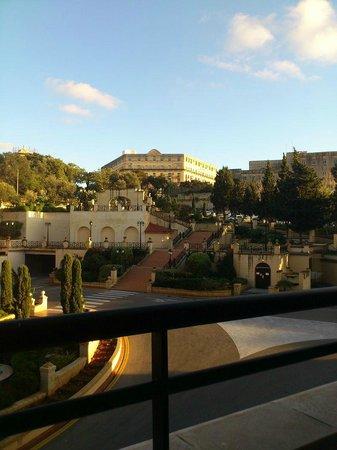 Excelsior Grand Hotel: Вид с балкона
