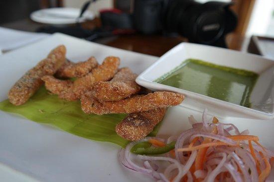 Holiday Inn Hotel & Suites Bengaluru Whitefield: Karnataka deep fried fish .. so good!